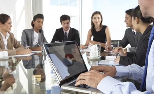 Im Meeting zu Wort kommen – 7 Tipps für Introvertierte